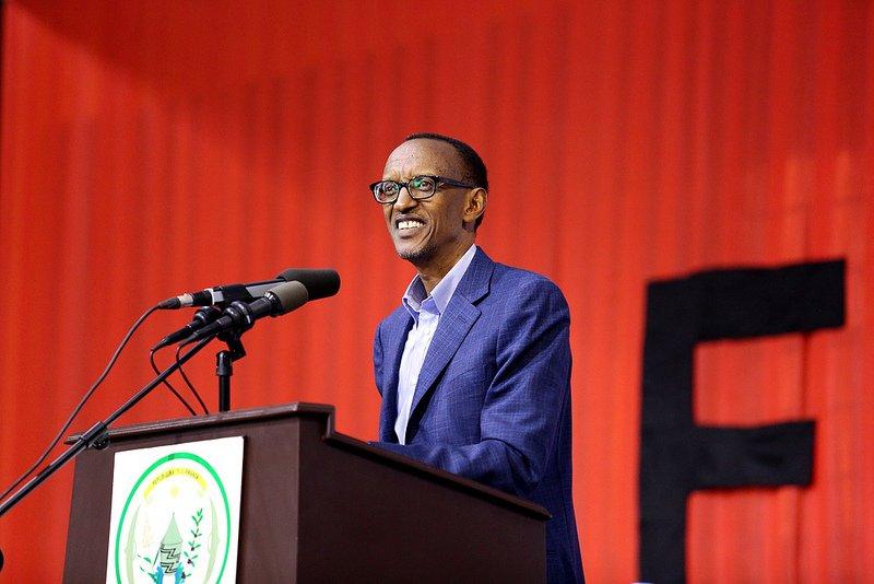 Réunion du bureau politique du FPR, Paul Kagame s'emprend aux occidentaux. dans Politiki 9462217052_cfdfab08d7_c