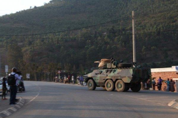 RDC-RWANDA : CONFRONTATION MILITAIRE IMMINENTE. dans Umutekano aha_ni_kugiti_cy_inyoni-9f40d