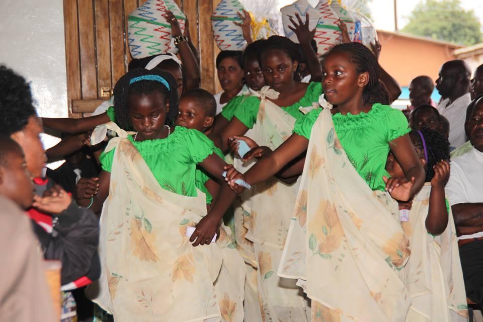 Abana b'impunzi z'abanyarwanda mu misa i Lusaka