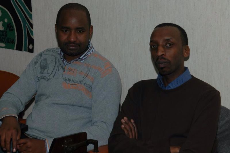 Mutaganda Alexis niwe ubanza ibumoso akaba ari chauffeur w'Ambasade i Bruxelles