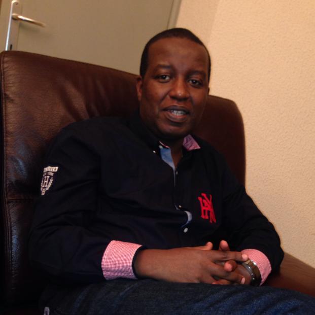Eric Mubera, ni umu DMI, utwara Taxi i Bruxelles