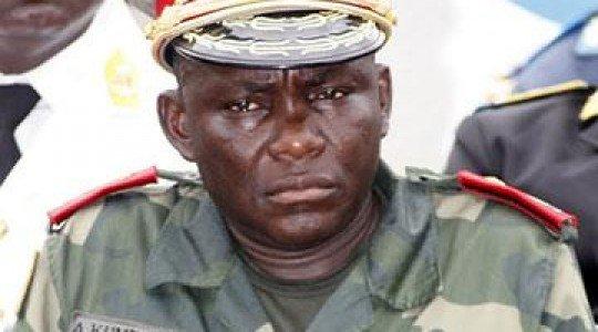 RDC: JOSEPH KABILA VIRE LE GÉN FRANCOIS OLENGA ET FAIT LA PROMOTION D'UN COMPLICE DU M23, LE GÉN AMISI TANGO FORT.