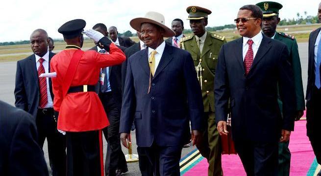 Yoweri Museveni était en visite hier en Tanzanie pour discuter la question des FDLR avec Jakaya Kikwete