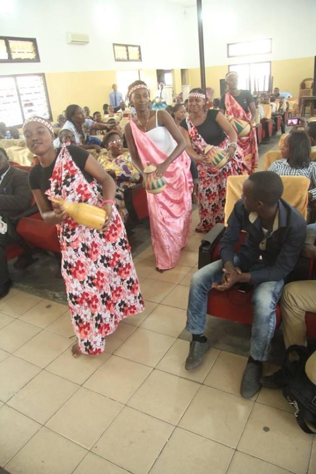 CONGO-BRAZZAVILLE: AERC MU BIKORWA BYO KUBUNGABUNGA UMUCO NYARWANDA MU BUHUNGIRO.